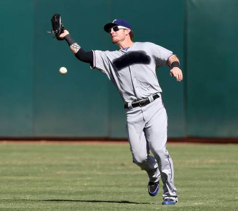 Josh (dead to me) brought this same catching skill to the Ballpark today. (Image courtesy of dallasnews.com.)